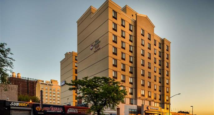 hotel in long island city 33143 f