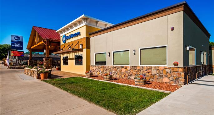 BEST WESTERN PIONEER - Hotel Reviews & Price