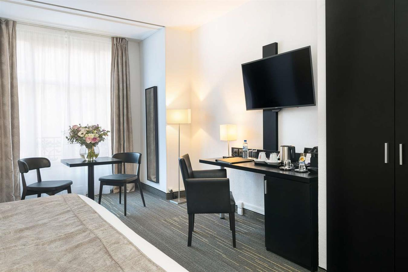 Hotel in nice bw plus hotel massena nice nice for Best hotels in nice