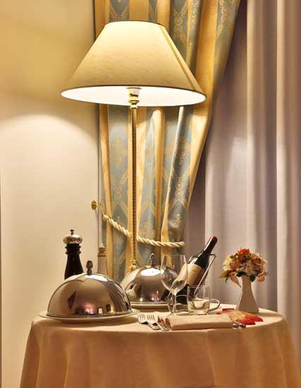 Best Western Hotel Globus City Forl Ef Bf Bd Fc