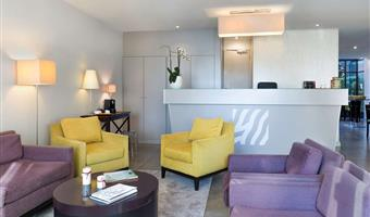 hotel courbevoie 93838 f